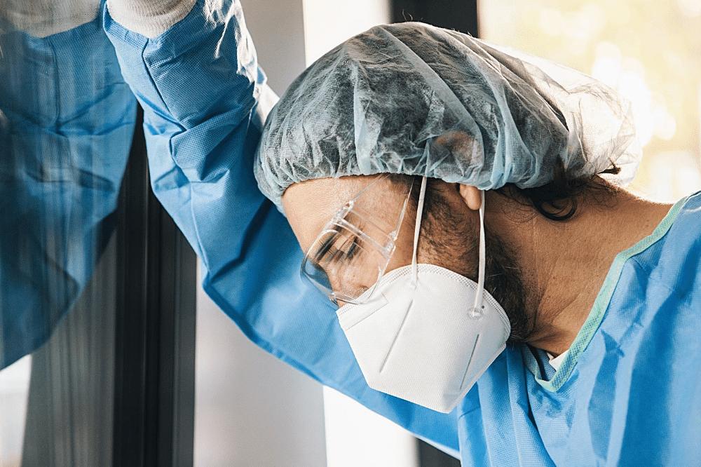 healthcare worker during the coronavirus